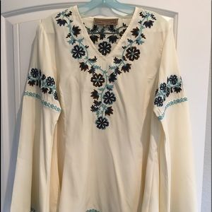 Double D Ranch bell sleeve top.
